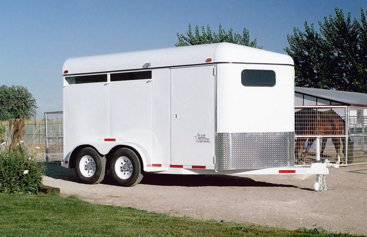 TRAILER ALBUM/01 - Horse Trailers/01 - Diagonal-Haul Bumper Pull/01 - 2 Horse/2006 smooth side no windows/1200x900/1.jpg