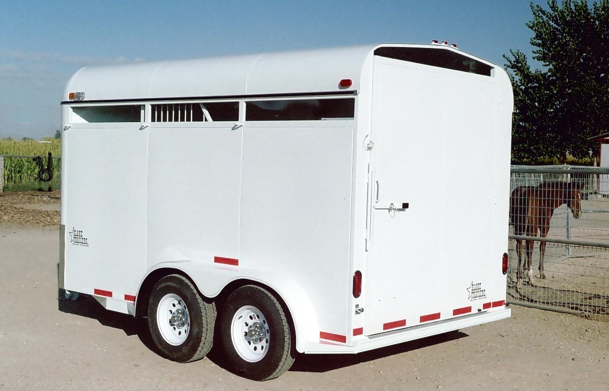 TRAILER ALBUM/01 - Horse Trailers/01 - Diagonal-Haul Bumper Pull/01 - 2 Horse/2006 smooth side no windows/1200x900/3.jpg